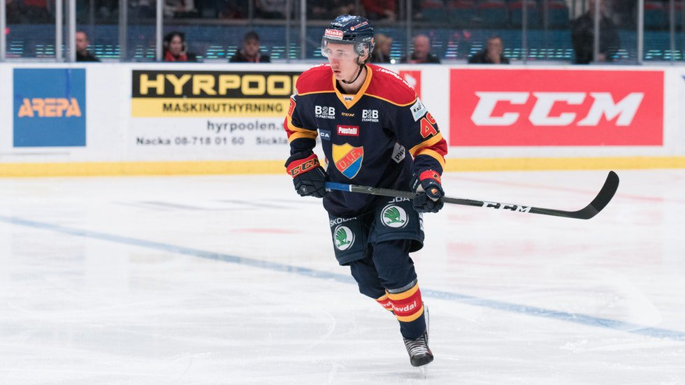 David Bernhardt Signs With Växjö Lakers
